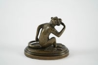 Smiling monkey in bronze. 20th Century production.