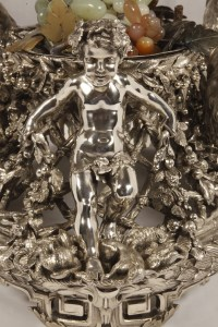 Bronze silver-plated ovale jardinière by the Silversmith FANNIERE FRERES