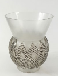 Vase Entrelacs - Modèle crée par René Lalique en 1935