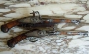 Exceptionnelle et rare paire de pistolets à rouet signés LAZARINO COMINAZO