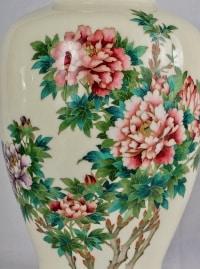 Grand Vase Japonais En émail Cloisonné à Décor De Pivoines, ère Meiji/Taisho