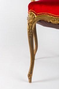 Chaise Napoléon III en bois doré et velours rouge