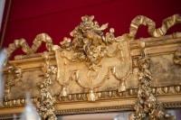 Grand miroir en bois doré, période Napoléon III Style  Louis XVI
