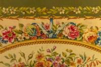 Projet de carton de tapisserie de la facture d'Aubusson. Ornementation de perlés,rubans et fleurs. Huile sur toile
