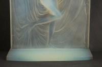 """René Lalique Opalescent """"Suzanne"""" Statuette"""