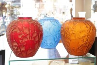 """René Lalique ensemble de Vases """"Perruches"""" couleur"""