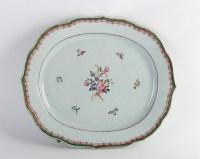 Plat en porcelaine de la Compagnie des Indes 18e siècle