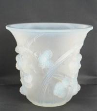 """René Lalique Opalescent Vase """"Mûres"""""""
