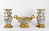 Porcelaine de Canton - Importante garniture de console 19e siècle