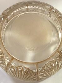 Boîte « Coquilles » verre blanc patiné sépia de René LALIQUE