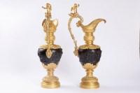 Clodion, Paire d'aiguières en bronze à deux patines, fin du XIXème siècle