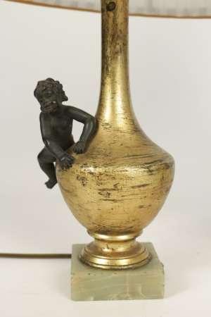 Paire de lampes aux amours en bronze doré et patiné, base en onyx, 19ème siècle, époque Napoléon III
