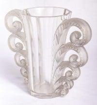 """Vase """"Beauvais"""" cristal blanc de René LALIQUE"""