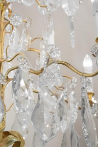 Spectacular Pair Of Chandeliers, 1930-1940 Gilt Bronze And Important Crystal Pendants