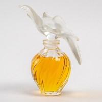"""Flacon Géant """"L'Air du Temps"""" cristal blanc avec parfum d'origine de Marc LALIQUE pour Nina RICCI"""