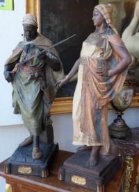 """Abla et Antar, couple en terre cuite signé """"GOLDSHEIDER"""". Réf: 352"""