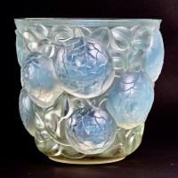 """Vase """"Oran"""" verre opalescent patiné bleu et vert de René LALIQUE"""