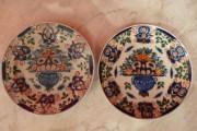 Deux plats en faïence polychrome de DELFT à décor paysan