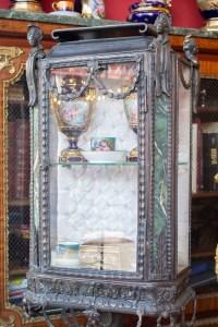 Vitrine en bronze et marbre vert Napoléon III
