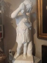 """Statue en marbre blanc,""""Enfant aux raisins"""". Ref:13"""