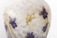 Grand Vase aux violettes, papillon et libellule DAUM Nancy
