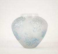 """R lalique vase """"Esterel """"ou """"Laurier rose"""""""