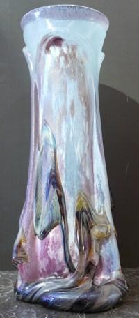 NOVARO Vase en verre soufflé signé et daté 1989