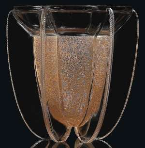 "RENE LALIQUE (1860-1945) vase ""Myosotis"""