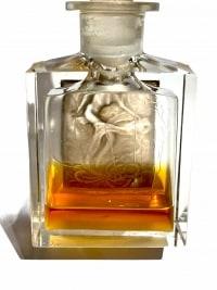 """Flacon """"L'Effleurt"""" verre blanc patiné sépia de René LALIQUE pour COTY"""