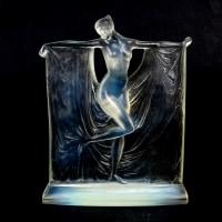 """Statuette """"Suzanne"""" verre opalescent de René LALIQUE"""