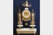Pendule portique d'époque Louis XVI (1774 - 1793)