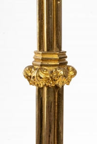 Pique-Cierge en bronze doré gothique