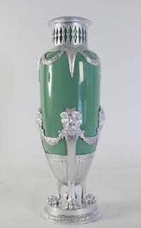 Vase, celadon, faïence, monté métal argenté à la feuille d'argent. XIXème siècle, époque Napoléon III