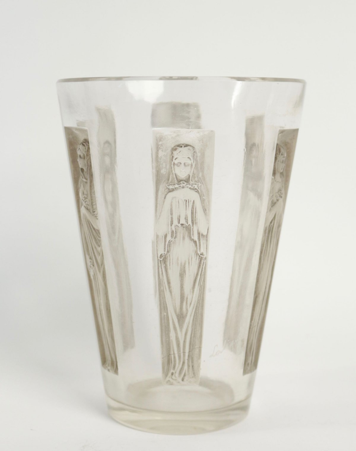 René Lalique Vase Six Figurines