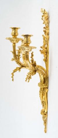 Paire d'appliques de style Louis XVI datées de 1881.