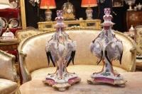 Paire de chandeliers cigognes et insectes en porcelaine HOECHST 18e siècle