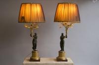 Paire de candélabres montés en lampes / Pair of lamp-mounted candelabras