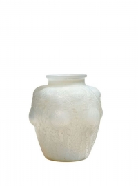 RENÉ LALIQUE (1860-1945) Vase «Domrémy» Opalescent