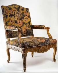 un fauteuil d'apparat de style Regence