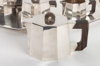 Service à thé et à café à pans coupés en argent 1er Titre et macassar de DEMARQUAY