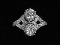 Bague toi et moi diamants et platine époque 1900