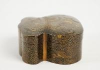 Boîte couverte en laque