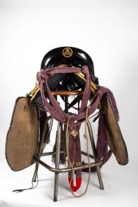 Saddle - back with shirigai