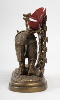 Encrier en bronze, XXème siècle.