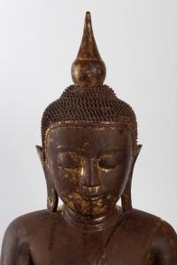 Bouddha en laque sèche, laqué, doré. Position de la prise de la terre à témoin.
