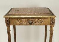 Elégante console avec un tiroir en ceinture de style Louis XVI de bédut du XXème siècle.