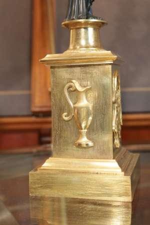 Paire de candélabres en bronze doré d'époque Restauration