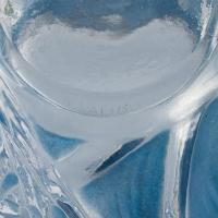"""Vase """"Sauterelles"""" verre blanc patiné d'origine bleu et vert de René LALIQUE"""
