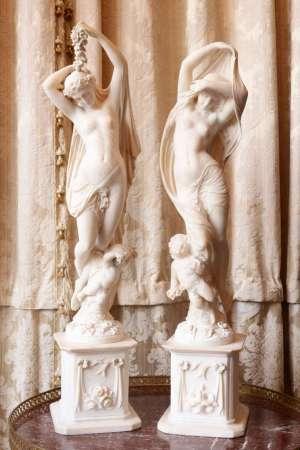Paire de Statuettes en albâtre époque 1900