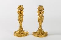 Paire de Bougeoirs en bronze doré style Louis XVI signés Henry Dasson 1882